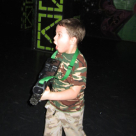 Лазерный пейнтбол для детей от 6 лет и взрослых в центре Q-zar в Купчино, СПб