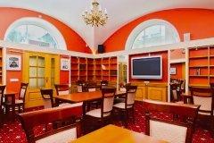 Аристос, ресторан и бутик-отель на Петроградской, Санкт-Петербург