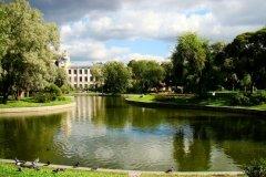 Юсуповский сад, открытый каток в Санкт-Петербурге