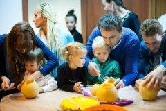 Spring, частный детский сад и студии, массаж для детей в центре Петербурга