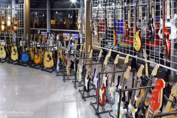 ZonaZvuka, гипермаркет музыкальных инструментов на ул. Савушкина, СПб