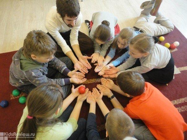 """""""12 коллегий"""", центр, тренинги для школьников, развитие интеллекта и личности, диагностика школьной мотивации, детский лагерь в СПб"""