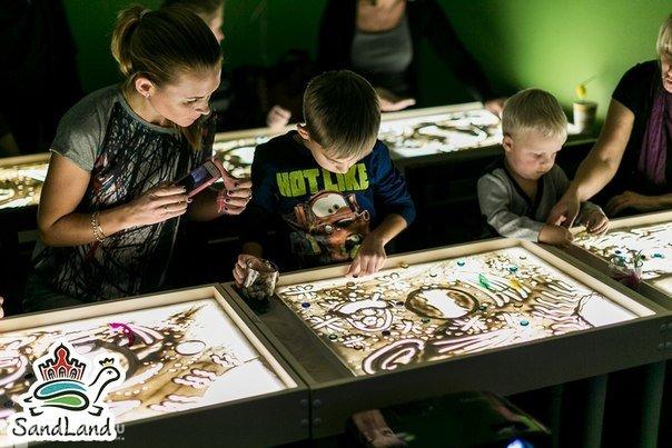 SandLand, студия рисования песком на Старой Деревне, СПб