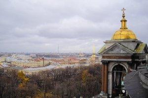 Колоннада Исаакиевского собора в Санкт-Петербурге, фото
