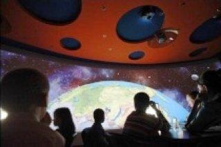 """Бесплатный показ образовательных фильмов в киноклубе """"Нескучная наука"""" для детей 7-11 лет, СПб"""
