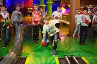 """""""Летнее путешествие"""", городской лагерь для детей от 5 до 12 лет в Angry Birds Activity Park, СПб"""
