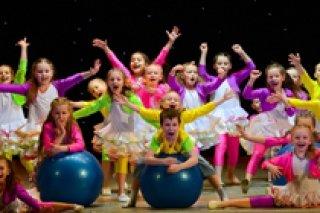 """Бесплатный урок по эстрадным танцам для детей 3-6 лет в студии """"Big-dance"""", СПб"""