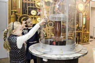 """""""Стоп-кадр!"""", интерактивное научное шоу для детей от 8 лет в музее """"ЛабиринтУм"""" на Парке Победы, СПб"""