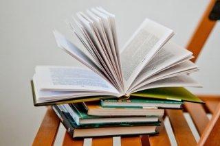 """Что дать почитать девочке-подростку? Подборка книг от Центральной детской библиотеки """"КиТ"""""""