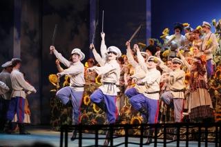 """""""Бабий бунт"""", спектакль для зрителей от 12 лет в Театре музыкальной комедии, СПб"""